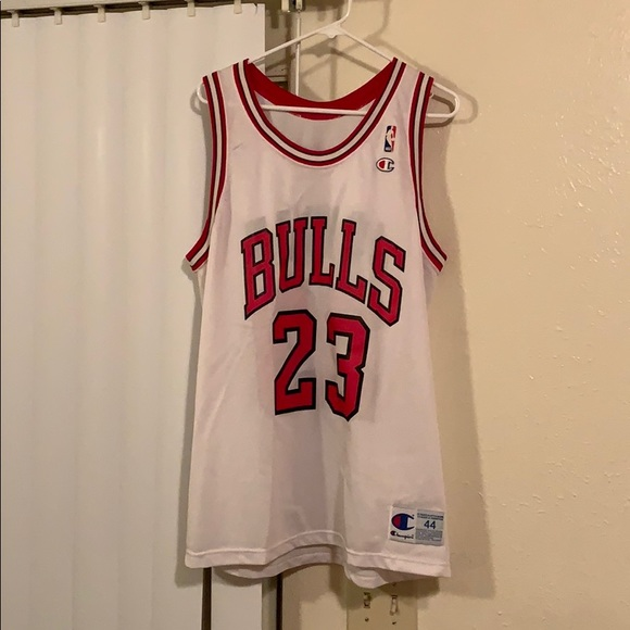 best website 5fcc5 f9453 Chicago bulls jordan jersey
